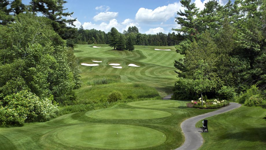 Hole 14, Camelot Golf & Country Club